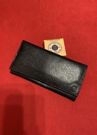Лаконичный кошелёк из кожи,новый