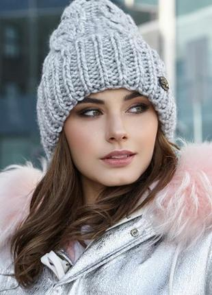Шикарная шапка крупная вязка на флисе