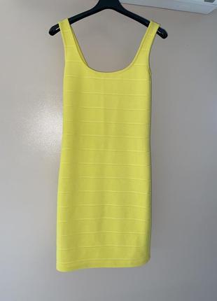 Стильное платье бандажное резинка по фигуре в обтяжку скидки недорого модное утягивающее