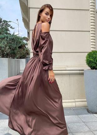 Вечерние платья макси в пол с открытой спиной
