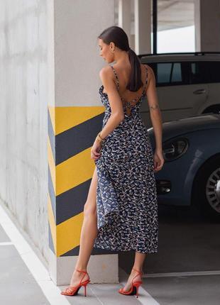 Женское платье миди с открытой спиной4 фото