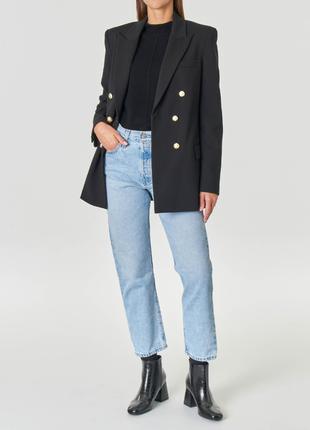 Стильний подовжений двобортний піджак