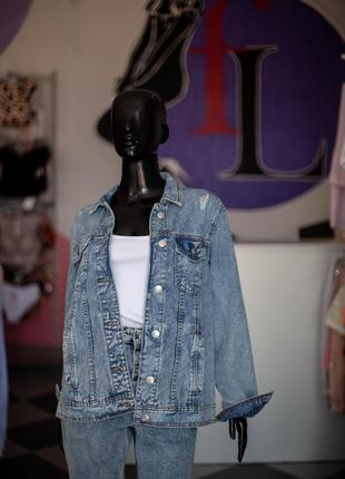 Крутая джинсовая куртка оверсайз от terranova