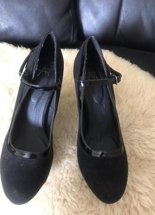 Стильные туфли удобные скидки недорого модные широкий каблук