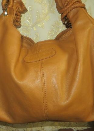 Оригинальная женская сумочка известного итальянского бренда russell& bromley (оригинал).