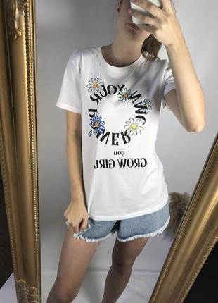 Белая футболка с принтом 100% хлопок stradivarius