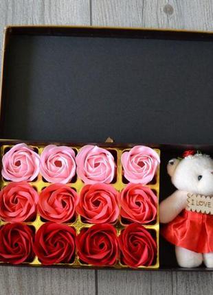 Подарочный набор мишка и розочки sweet love