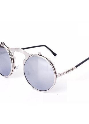 Очень классные и стильные солнцезащитные очки, круглая оправа, модель унисекс!