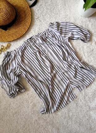 Блузка с открытыми плечами, топ полосатый