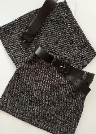 Трендовая юбка из шерсти, с поясом