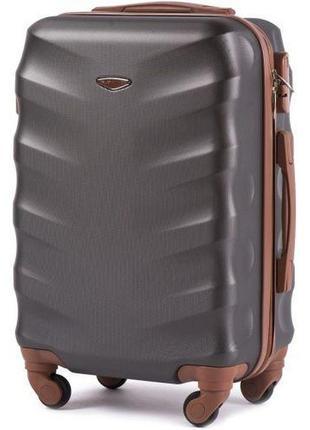 Чемодан дорожный (дорожная сумка) пластиковый на 4 колёсах маленький 402 s wings ( серый / grey )