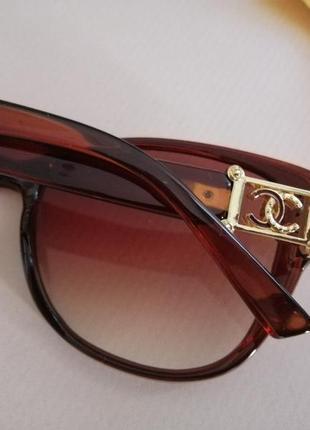 Эксклюзивные брендовые коричневые солнцезащитные женские очки кошечки 20212 фото
