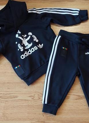 Костюм черный adidas 12-18 месяцев