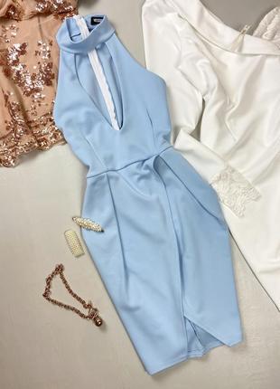 Вечернее голубое платье с вырезом декольте missguided
