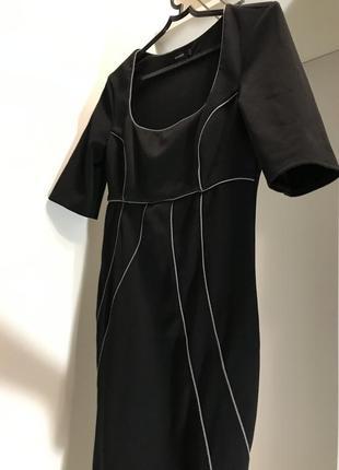 Платье george футляр с вырезом