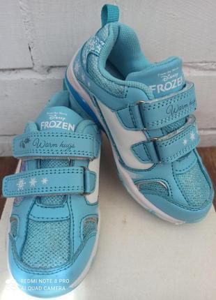 Светящиеся кроссовки disney frozen для девочки.