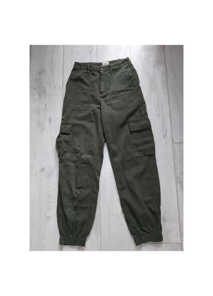 Актуальные брюки, джогеры, с карманами, джинсы, спортивные штаны, слоуч, высокая посадка, хаки, стильный, модные, молодёжные