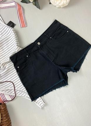 Чорні джинсові шорти з необробленим низом denim co