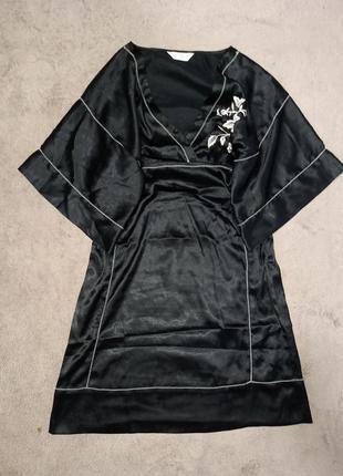 Платье кимоно платье миди с широкими плечами
