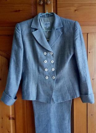 Дешево чудовий італійський льняний костюм жакет/брюки від armani 46-48p.