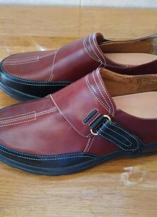 Нові шкіряні туфлі новые кожаные туфли на липучкax