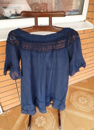 Лёгкое  короткое платье- туника