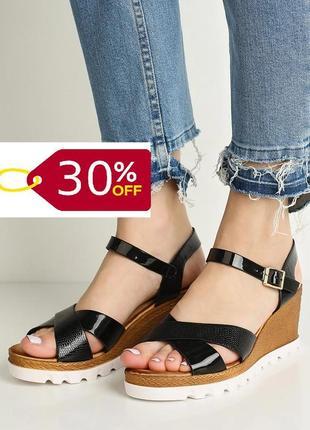 Фінальний розпродаж!! найнижча ціна! стильні босоніжки на танкетці бренду asos! -30%