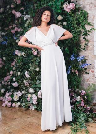Лекгое свадебное платье