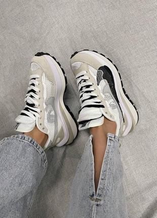 Стильные женские легкие кроссовки nike x sacai vaporwaffle beige / black размер 39