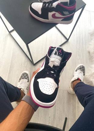 Женские кроссовки nike air jordan 1 retro pink4 фото
