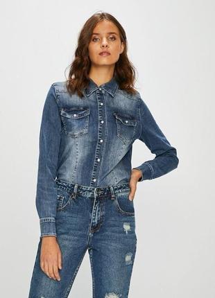 Стильная джинсовая рубашка stradivarius размер с-м