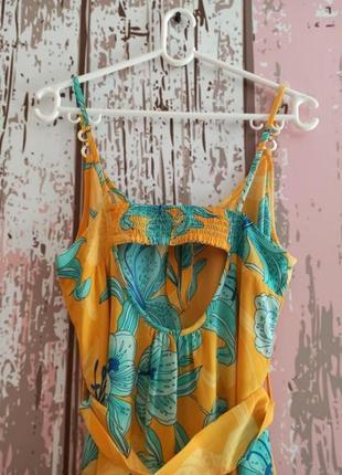 Пляжное платье с цветочным принтом4 фото