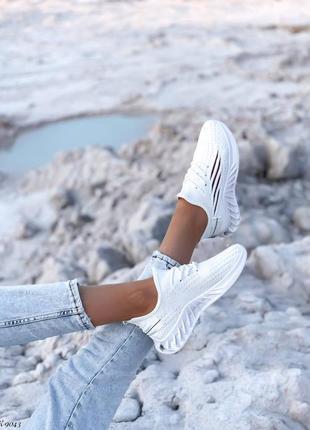 Шикарные кроссовки2 фото