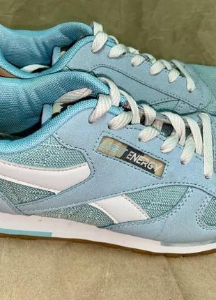 Кроссовки красивого голубого цвета3 фото