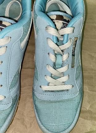 Кроссовки красивого голубого цвета5 фото