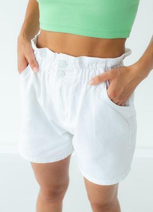 Джинсовые шорты багги с резинкой на талии, цвет белый