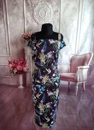 Новое платье футляр миди