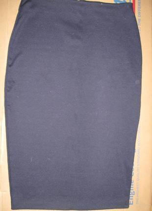 Юбка со шлицей, на молнии1 фото