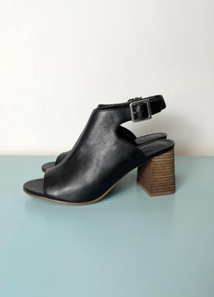 Новые черные кожаные босоножки на каблуке asos