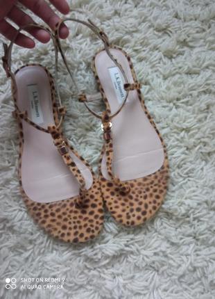 Очень красивые босоножки сандали l.k.bennett9 фото