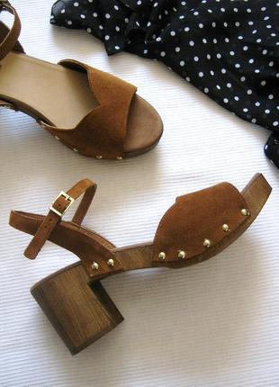 Замшевые кожаные босоножки на платформе и каблуке, натуральная замша