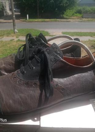 Обалденные кожаные туфли think! 45-462 фото