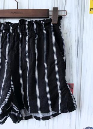 Летние офисные полосатые шорты2 фото