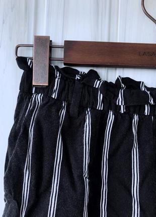 Летние офисные полосатые шорты4 фото