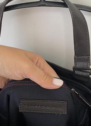 Tommy hilfiger сумка крос боди4 фото