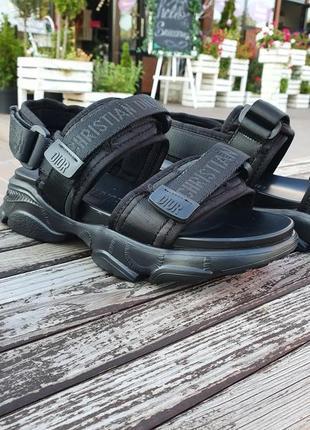 Женские черные брендовые сандали на липучках регулируються