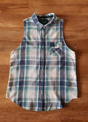Классная рубашка безрукавка.