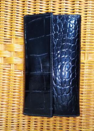 Кожаный функциональный кошелек