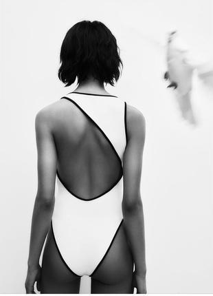 Zara боді з вирізом на спині