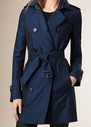 Тренч пальто burberry london с фирменной клеткой внутри